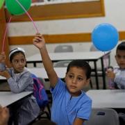 COVID-19 study confirms low transmission in educational settings - خطر انتقال کرونا در مدارس پایین است