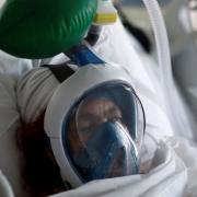 Ventilators could be adapted to help two COVID-19 patients at once - استفاده از یک دستگاه تنفس مصنوعی همزمان برای دو بیمار مبتلا به کرونا ممکن است