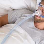 Sleep Apnea May Be Risk Factor for COVID-19 - آپنه خواب می تواند یک عامل خطر برای ابتلا به کووید19 باشد