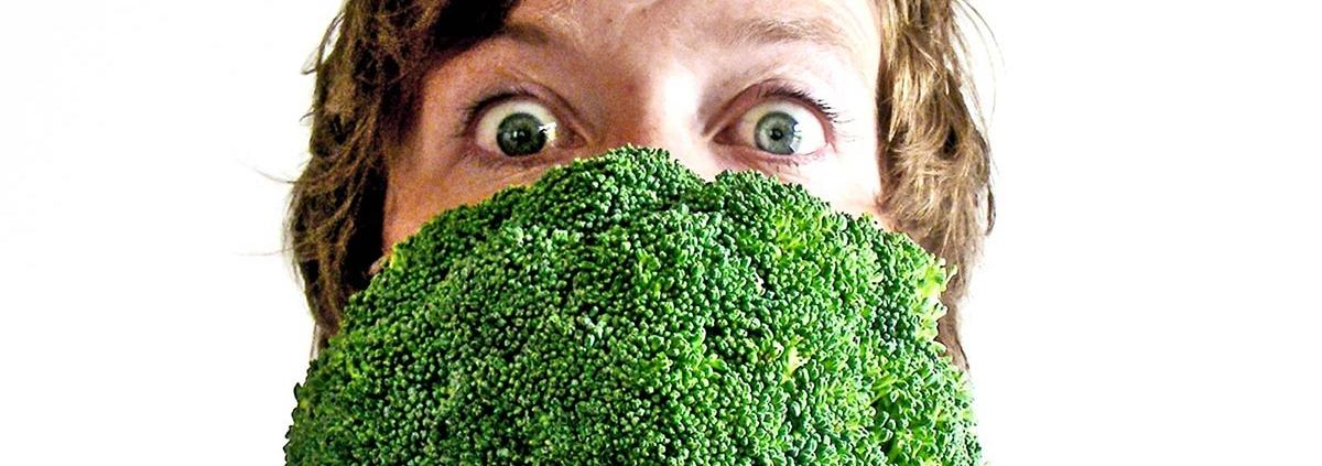Danish and Chinese tongues taste broccoli and chocolate differently - مزه ها ممکن است در نژادهای مختلف متفاوت احساس شود