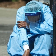 depression and anxietyin health care workers during the COVID-19 pandemic - میزان بالای اختلالات روانی در کادر درمان به دنبال همه گیری کرونا